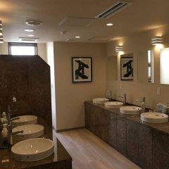 Отель Ueno Station Hostel Oriental 1 Япония, Токио - отзывы, цены и фото номеров - забронировать отель Ueno Station Hostel Oriental 1 онлайн ванная