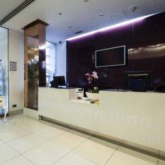 Отель NH London Kensington интерьер отеля