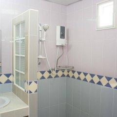 Отель Zen Rooms Mahajak Residence Бангкок ванная фото 2