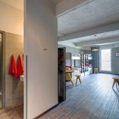 Отель Meininger Brussels City Center Брюссель интерьер отеля