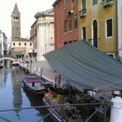 Отель Santa Margherita Guest House Италия, Венеция - отзывы, цены и фото номеров - забронировать отель Santa Margherita Guest House онлайн балкон