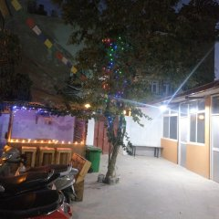 Отель Mystic Inn Bed and Breakfast Непал, Катманду - отзывы, цены и фото номеров - забронировать отель Mystic Inn Bed and Breakfast онлайн парковка