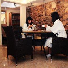Отель St. Peter's Boutique Hotel Латвия, Рига - 10 отзывов об отеле, цены и фото номеров - забронировать отель St. Peter's Boutique Hotel онлайн интерьер отеля фото 3