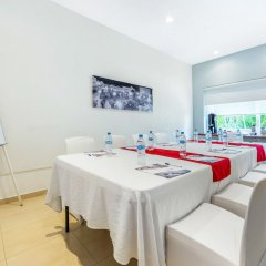 Отель Comfort Inn Puerto Vallarta Пуэрто-Вальярта помещение для мероприятий фото 2