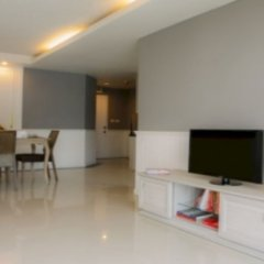 Отель Waterford Condominium Sukhumvit 50 Бангкок помещение для мероприятий