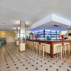 Отель FERGUS Style Tobago гостиничный бар