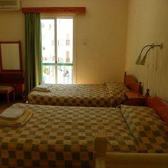 Отель Sea 'n Lake View Hotel Apartments Кипр, Ларнака - 1 отзыв об отеле, цены и фото номеров - забронировать отель Sea 'n Lake View Hotel Apartments онлайн комната для гостей фото 4