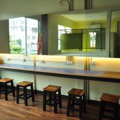 Sabye Club Hostel Бангкок гостиничный бар