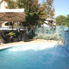 Hotel Derby Римини бассейн фото 3