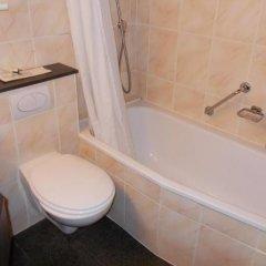 Отель Koffieboontje Бельгия, Брюгге - 1 отзыв об отеле, цены и фото номеров - забронировать отель Koffieboontje онлайн ванная фото 2