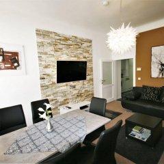 Отель Vienna CityApartments - Premium Apartment Vienna 2 Австрия, Вена - отзывы, цены и фото номеров - забронировать отель Vienna CityApartments - Premium Apartment Vienna 2 онлайн комната для гостей фото 3