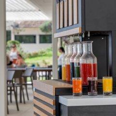 Отель Aeolos Beach Resort All Inclusive Греция, Корфу - отзывы, цены и фото номеров - забронировать отель Aeolos Beach Resort All Inclusive онлайн гостиничный бар