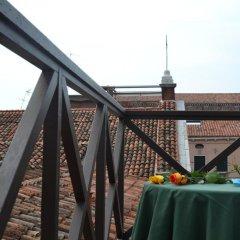 Отель Canada Италия, Венеция - 6 отзывов об отеле, цены и фото номеров - забронировать отель Canada онлайн балкон
