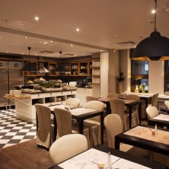 Hotel Fabian гостиничный бар