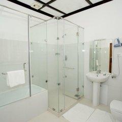 Отель The Hill Club Шри-Ланка, Нувара-Элия - отзывы, цены и фото номеров - забронировать отель The Hill Club онлайн ванная