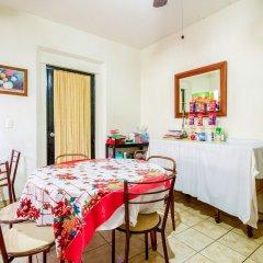 Отель Posada Garibaldi Мексика, Гвадалахара - отзывы, цены и фото номеров - забронировать отель Posada Garibaldi онлайн питание фото 2