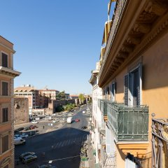 Отель Апарт-Отель Dolce Luxury Rooms Италия, Рим - отзывы, цены и фото номеров - забронировать отель Апарт-Отель Dolce Luxury Rooms онлайн балкон