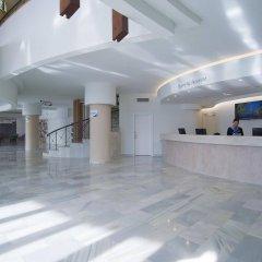 Hotel El Puerto by Pierre & Vacances интерьер отеля