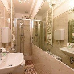 Отель Antico Mercato Италия, Венеция - отзывы, цены и фото номеров - забронировать отель Antico Mercato онлайн ванная фото 2