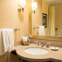 Отель Pacific Palms Resort США, Ла-Пуэнте - отзывы, цены и фото номеров - забронировать отель Pacific Palms Resort онлайн ванная