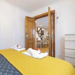 Отель Alfama Duplex by Homing комната для гостей