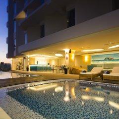 Отель Liberty Central Nha Trang бассейн