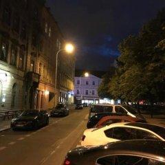 Hostel Cortina Прага парковка
