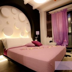 Neverfull Boutique Hotel сейф в номере