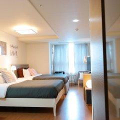 Апартаменты Myeongdong Studio сейф в номере