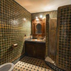 Отель Riad dar Chrifa Марокко, Фес - отзывы, цены и фото номеров - забронировать отель Riad dar Chrifa онлайн ванная