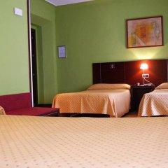 Отель Carlos V сейф в номере