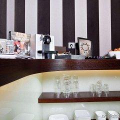 Отель Goodman'S Living Берлин гостиничный бар