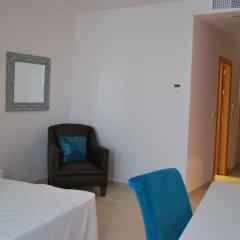 Отель Costa Conil Кониль-де-ла-Фронтера удобства в номере фото 2