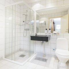 Отель Scandic Holberg Норвегия, Осло - отзывы, цены и фото номеров - забронировать отель Scandic Holberg онлайн ванная