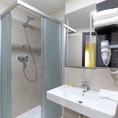 Отель B&B Hotel Roma Pietralata Италия, Рим - отзывы, цены и фото номеров - забронировать отель B&B Hotel Roma Pietralata онлайн ванная