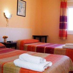 Отель Hostal Horizonte Ес-Кастель комната для гостей фото 5