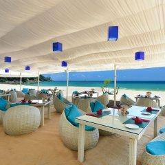 Отель Andaman White Beach Resort гостиничный бар