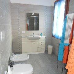 Отель B&B Giardino di Ro Италия, Пьянига - отзывы, цены и фото номеров - забронировать отель B&B Giardino di Ro онлайн ванная
