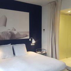 Отель Cafe Pacific - Lounge Bar Брюссель комната для гостей фото 5