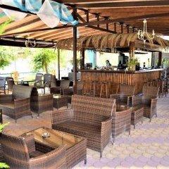 Grand Beach Hotel гостиничный бар