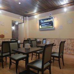 Гостиница Nevsky House в Санкт-Петербурге 9 отзывов об отеле, цены и фото номеров - забронировать гостиницу Nevsky House онлайн Санкт-Петербург питание