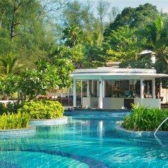 Отель Holiday Inn Resort Phuket Mai Khao Beach пляж Май Кхао бассейн