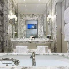 Hotel Sacher 5* Улучшенный номер с различными типами кроватей фото 5