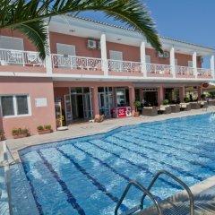 Отель Angelina Hotel & Apartments Греция, Корфу - отзывы, цены и фото номеров - забронировать отель Angelina Hotel & Apartments онлайн бассейн фото 3
