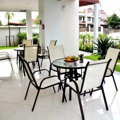 Отель The Meet Green Apartment Таиланд, Бангкок - отзывы, цены и фото номеров - забронировать отель The Meet Green Apartment онлайн балкон