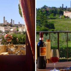 Отель Locanda Viani Италия, Сан-Джиминьяно - отзывы, цены и фото номеров - забронировать отель Locanda Viani онлайн балкон