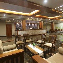 Отель Kaani Grand Seaview интерьер отеля