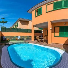 Отель Tarajalejo Village Тарахалехо бассейн