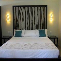 Отель Treasure Island Resort сейф в номере