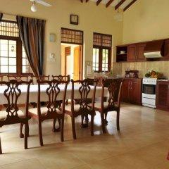Отель Lake View Bungalow Yala в номере